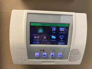 LYNX Touch L5210